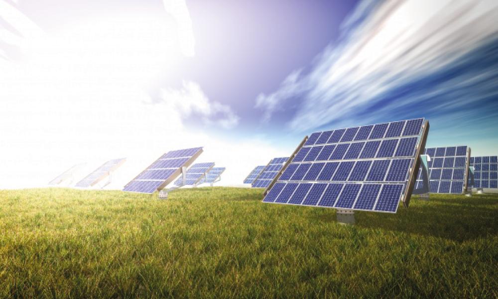 Kaj je sončna energija in kako delujejo solarni paneli?