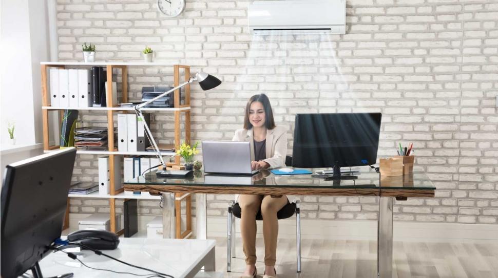 montaza-klime-v-pisarni